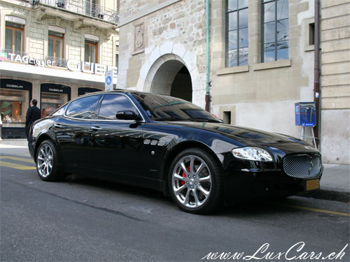 http://www.luxcars.ch/images/1475_maserati_quattroporte_executive_gt.jpg